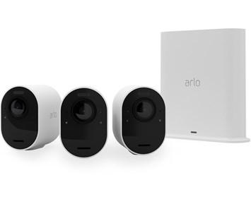 Arlo Ultra 2 spotlight camera 3-p
